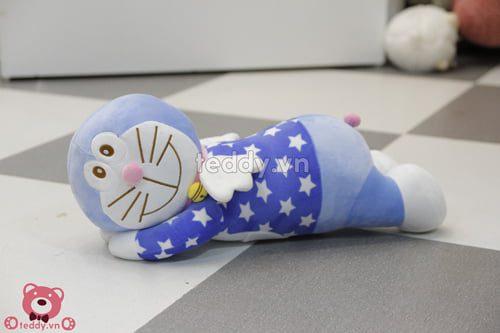 gấu bông Doraemon nằm