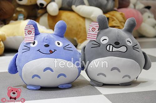 gấu bông Totoro mịn 25cm, giá 100.000đ