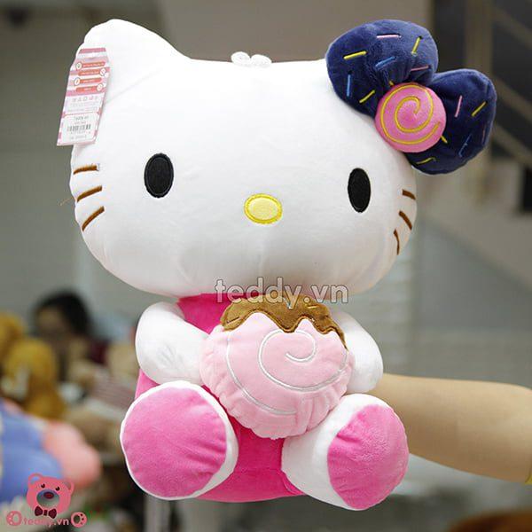 Kitty Ôm Bánh