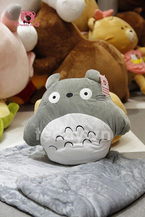 Totoro gối chăn