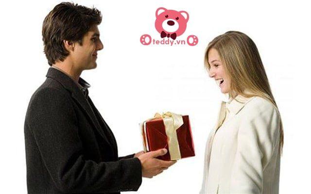 Gấu bông quà tặng 8-3 cho bạn gái một món quà ý nghĩa và đáng nhớ