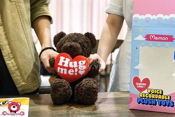 Gấu Bông Ghi Âm Ôm Tim Hug Me